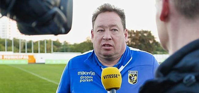 Foto: Vitesse-trainer gokt op Ajax vanavond: 'Heb mijn geld op hen gezet'
