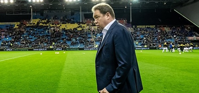 Foto: 'Vitesse laat Slutsky ook na crisisberaad voorlopig zitten'