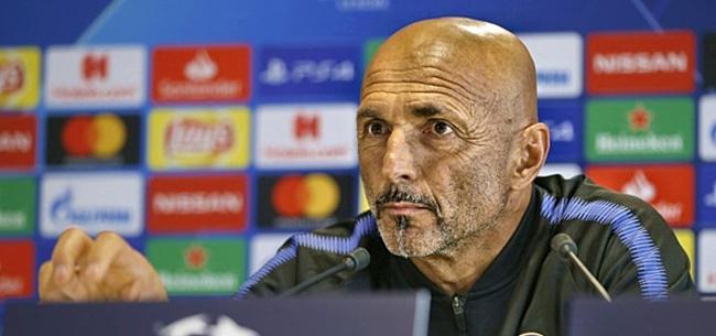 Foto: 'Plannetje AC Milan gedwarsboomd door Internazionale'