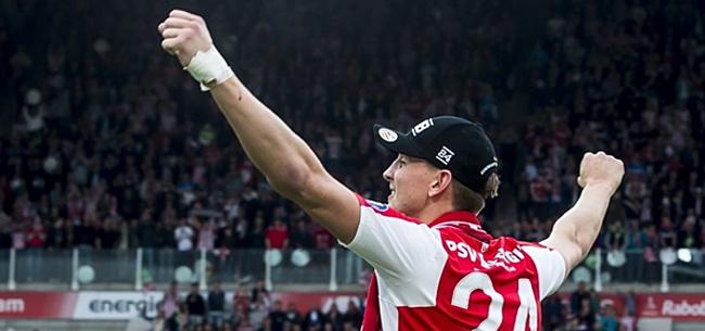 Foto: De Jong haalt uit naar Feyenoorder: 'Achter iemands rug om...'