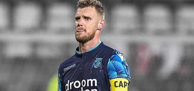 Foto: Vitesse-captain Van der Werff is wachten zat en hakt knoop zelf door