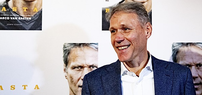 Foto: Marco van Basten maakt transfer in tv-land