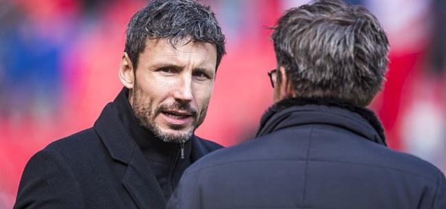 Foto: 'Van Bommel voert opnieuw wijziging door bij PSV'