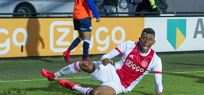 Foto: Jong Ajax maakt het enorm spannend, maar wordt toch kampioen in Jupiler League