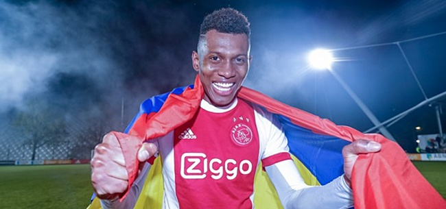 Foto: Cassierra laat zich uit over 'eeuwige rol' bij Jong Ajax