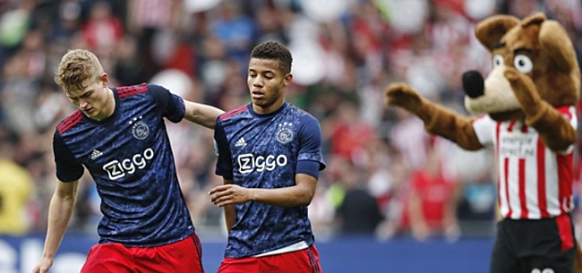 Foto: De Ligt corrigeert Ajax-supporters en teamgenoot Neres