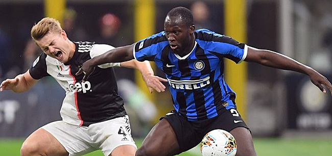 Foto: 'Lukaku pakt ploeggenoten bij Inter in met chique geste'