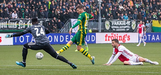 Foto: 'Beestachtige' spreekkoren ADO-fans richting Ajax-ster: