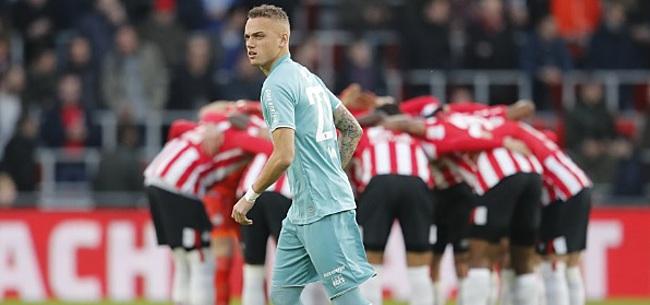 Foto: PSV-fans ergeren zich dood aan eigen speler: 'Slechtste van de hele Eredivisie'