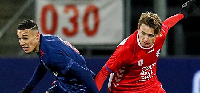 Foto: Jong Ajax onderuit in Utrecht, AZ-talenten kloppen Jong PSV