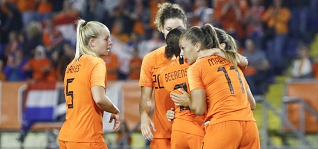Foto: Oranje Leeuwinnen overtuigend naar finale voor plek op het WK