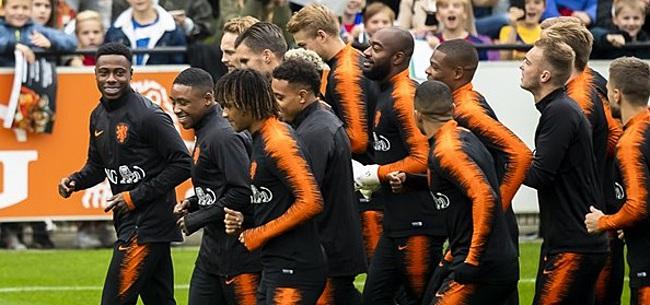 Foto: Nederlands elftal op oorlogssterkte voor treffen met Noord-Ierland