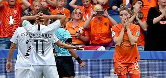 Foto: Oranje Leeuwinnen verbloemen zware start met zege in extremis