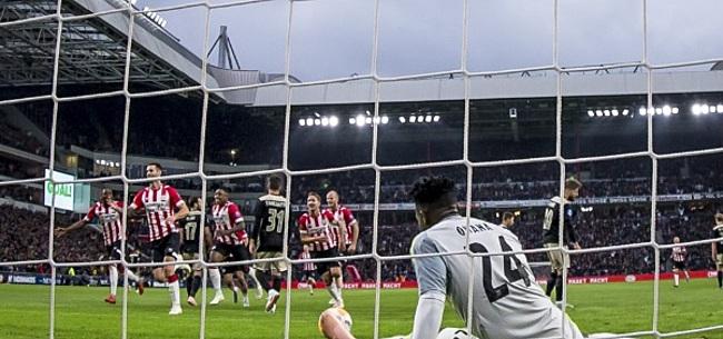 Foto: PSV-fans lachen zich rot: 'Ajax-speler staat keihard voor lul'