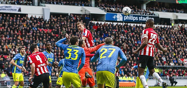 Foto: 'Betaald voetbal per 1 januari weer met volle tribunes'