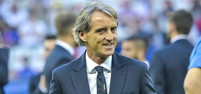 Foto: Mancini: 'Weet niet of het echt een rode kaart was'