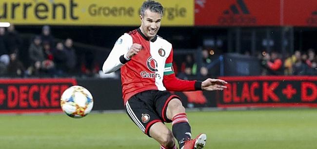 Foto: Fenomenale Van Persie helpt Feyenoord naar zege; ook achtervolger AZ wint