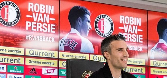 Foto: Van Persie reageert op kritiek van Van Hanegem