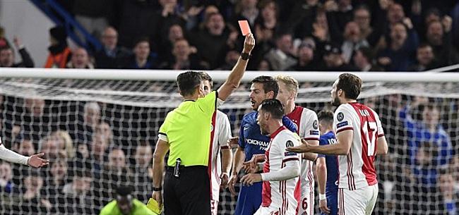 Foto: Nijhuis geeft zéér opmerkelijke mening over rode kaart Ajax-speler Blind