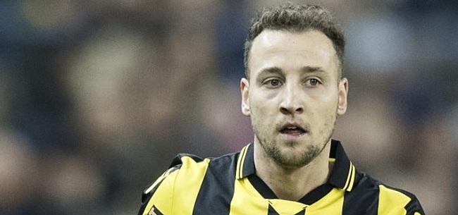 Foto: Vitesse-aanvaller Beerens trapt na richting ontslagen Fraser
