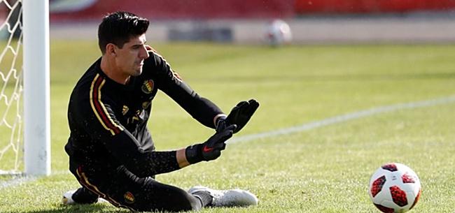 Foto: Courtois bij presentatie: 'Hazard zou een geweldige aanwinst zijn voor Real'