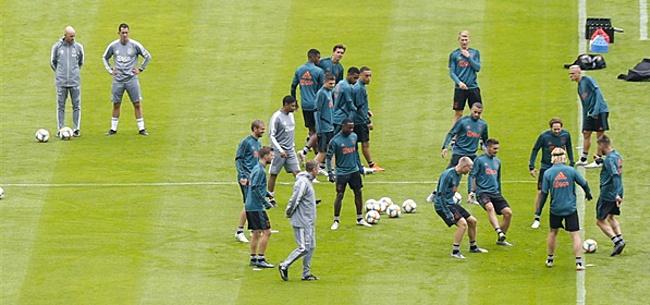Foto: Blind lyrisch over Ajax-aankoop: 'Fantastisch, een echte versterking'