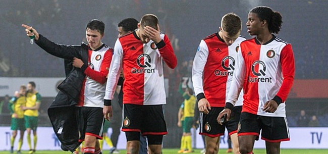 Foto: 'Spelersgroep Feyenoord heeft Gio een extra zetje gegeven'