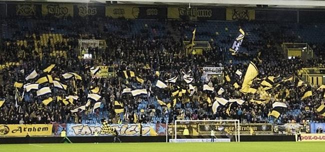 Foto: Vitesse komt fans iets tegemoet richting Feyenoord