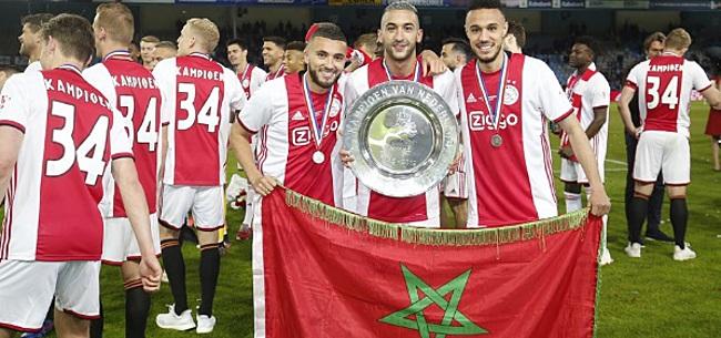 Foto: Labyad viert Ajax-kampioenschap met sneer naar PSV