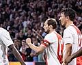 Oppermachtig Ajax swingt naar monsterzege tegen Cambuur
