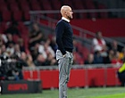 Foto: Ajax-fans boos om opstelling: 'Wáárom, Ten Hag?'