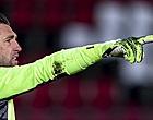 Foto: Stekelenburg probeerde Ajax-transfer te blokkeren: 'Hij luistert niet'