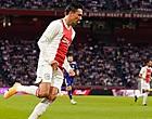 Foto: Ajacieden gaan los over actie Berghuis naar Ajax-fan