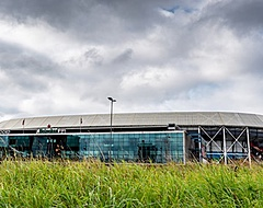 Ajax-fans toveren De Kuip om tot Amsterdamse voetbaltempel