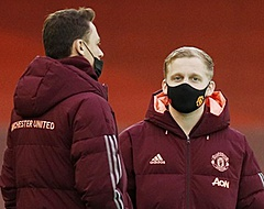 United-fans smeken om Van de Beek om blamage te voorkomen: 'Unlock him'