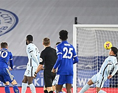 Koploper Leicester verslaat Chelsea, Bosz wint topper