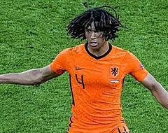 Oranje-tribuneklant Aké basisspeler bij Man City