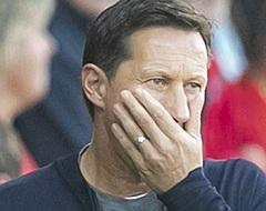 """Cocu steunt Schmidt: """"Dat is bij Ajax ook zo"""""""