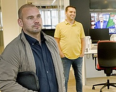 Sneijder wordt gespot en voedt geruchten over samenwerking (🎥)