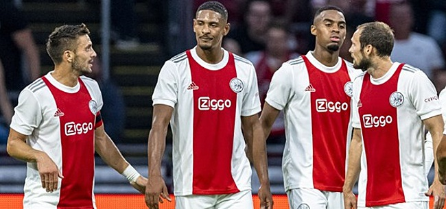 Foto: Overtuigend Ajax met vertrouwen richting PSV-clash