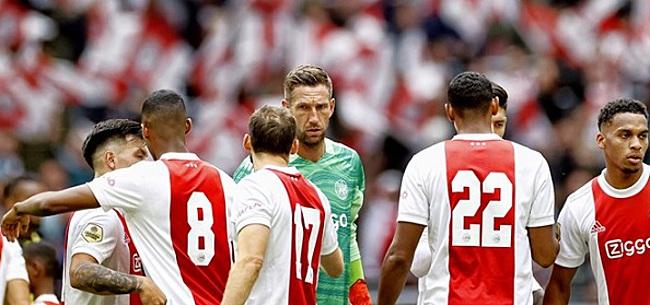 Foto: Ajax-aanhang is één man spuugzat:
