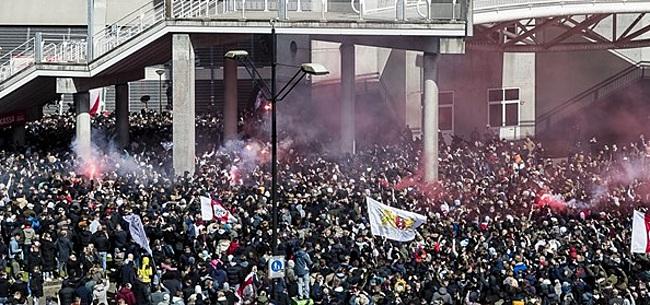 Foto: 'Ajax-fan' Grapperhaus hekelt Ajacieden: