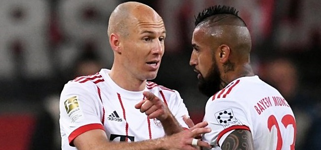 Foto: VIDEO: Ai! Robben faalt vanaf elf meter, mist zéér belangrijke penalty