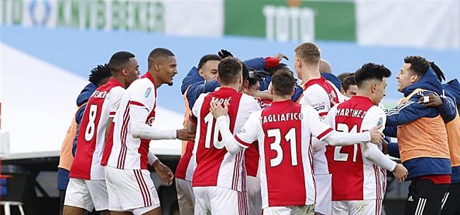 Foto: 'Onbegrijpelijke actie bij bekerwinnaar Ajax'