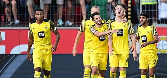 Foto: Dortmund wint duel van zeven goals, Van Bommel blijft koploper