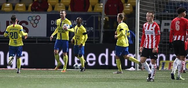 Foto: Cambuur wint na valse start ruim van PSV-talenten