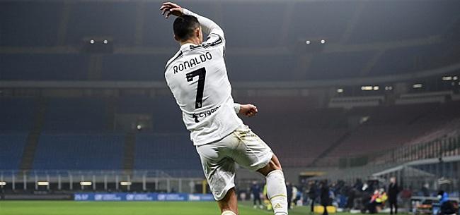 Foto: 'Recordbreker Ronaldo vestigt zich naast het heilige voetbalmonster'