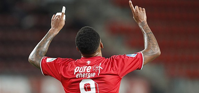 Foto: Gemiste penalty kost PSV dure punten in Enschede