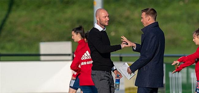 Foto: Trainer Twente Vrouwen woest: