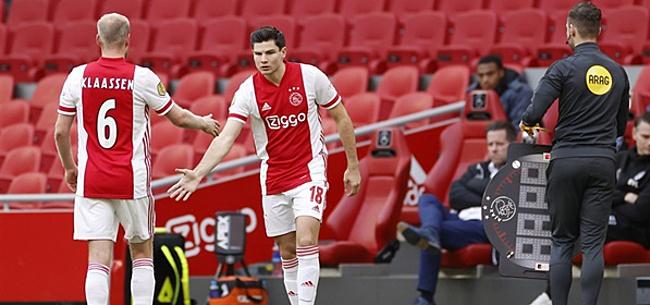 Foto: Ajax-supporters woedend: 'Wát een idioot'